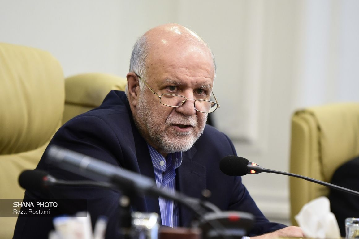 Zangeneh Refutes Allegations of Verbal conflict with President Rouhani