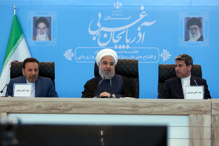"""We will Elude Sanctions for Selling Oil:"" Rouhani"
