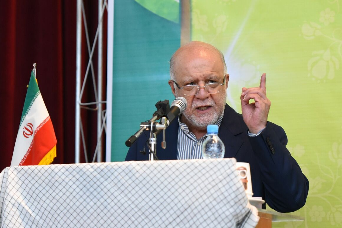 Progress Continuing in Oil Industry Despite Pressures: Zangeneh