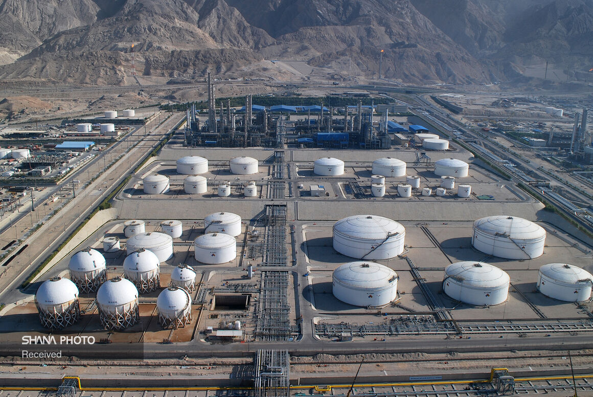 Sales Exceed Output at Noori Petchem Plant