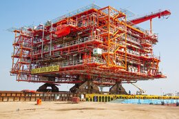 Last South Pars Phase 14 Platform Loaded