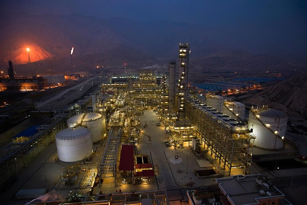 Countdown Begins to Launch 1st Phase of Bushehr Petchem Plant